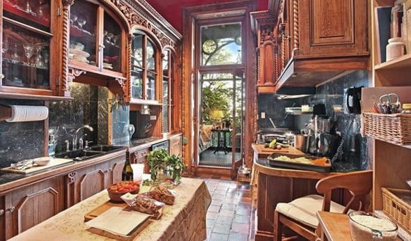 Antique Decor Kitchen