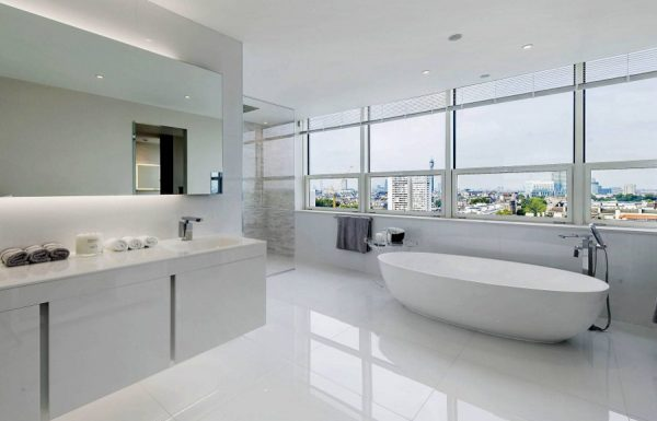 Modern Design White Bathroom