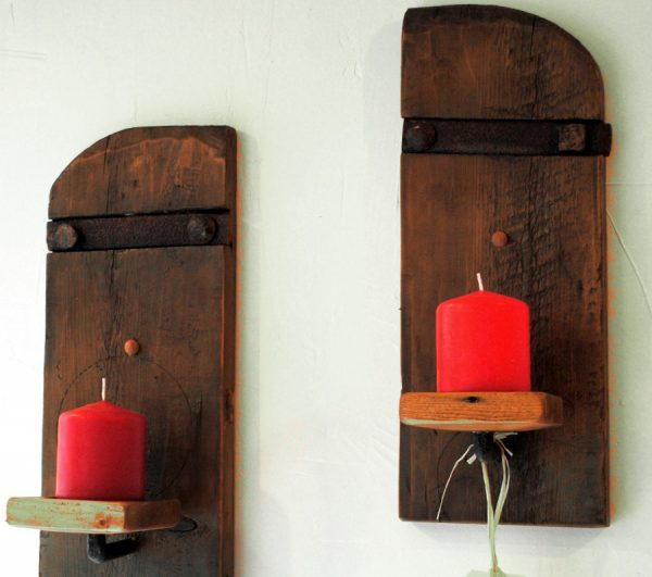 Old Shutter Wall Decor Candles