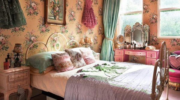 Vintage Antique Bedroom