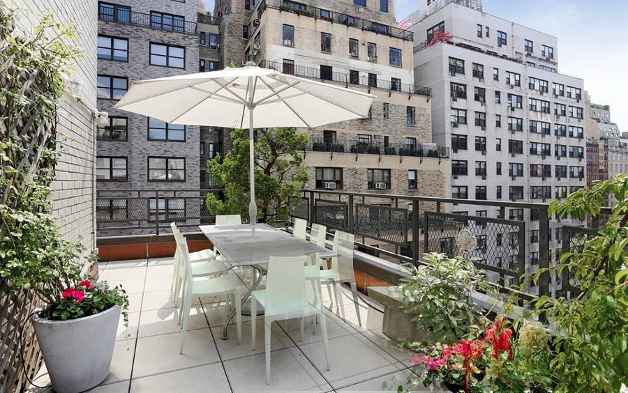 Terrace White Furniture with Umbrella
