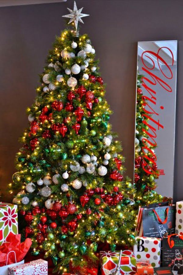 23 Amazing Christmas Trees