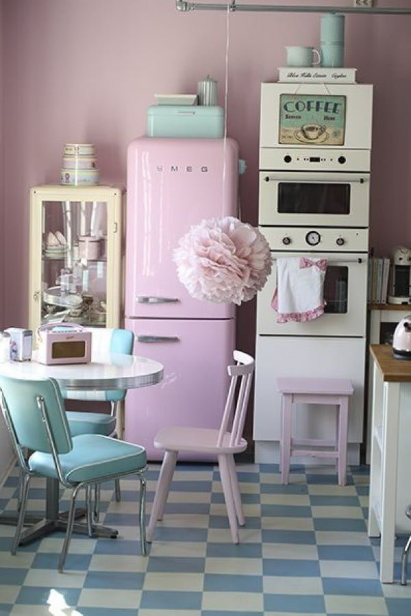 Full Retro Kitchen Design #kitchendesign