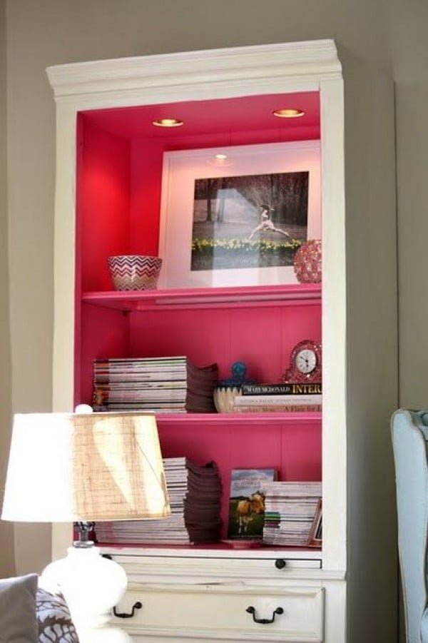 22 Easy DIY Bookshelf Ideas You Can Build at Home - Source: myoldcountryhouse.blogspot.com