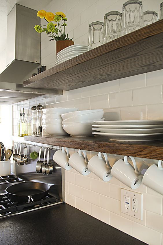 Open shelves kitchen #homedecor