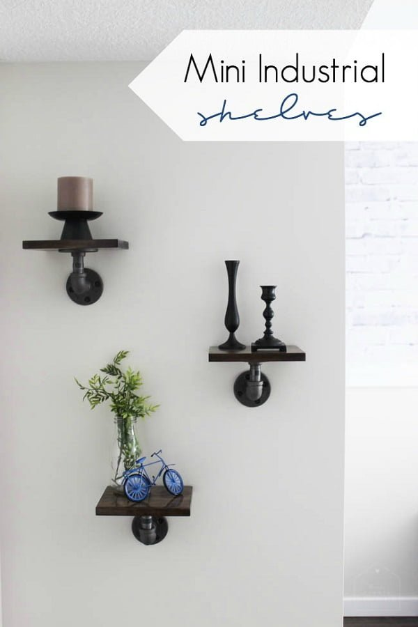 How to make mini #DIY wall suspended industrial shelves for wall decor. Great idea! #homedecorideas