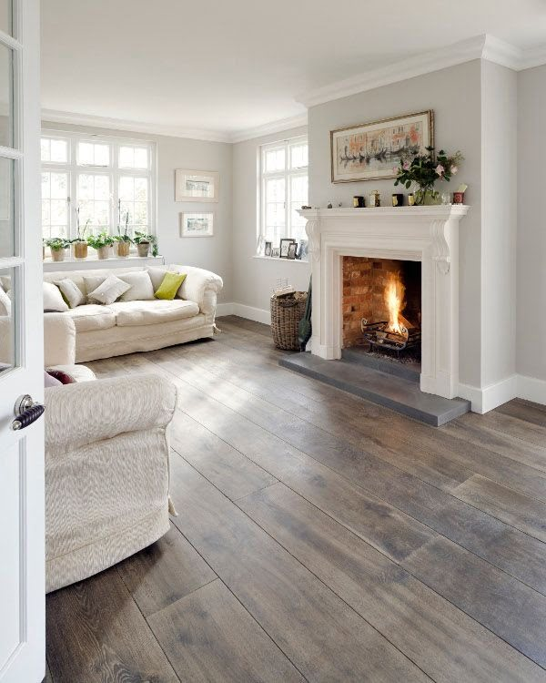 Washed Out Hardwood Floor in Modern Living Room Design #homedecor