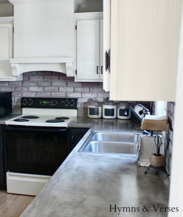 How to make a DIY countertop of concrete over laminate. Great project idea!