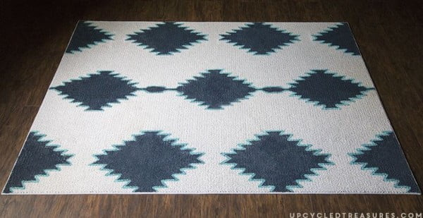 How to make a #DIY Painted Rug Inspired by West Elm