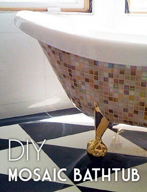 30 Stunning DIY Mosaic Craft Projects for Easy Home Decor - Check out this easy tutorial on how to make a #DIY mosaic bathtub. Love it! #HomeDecorIdeas