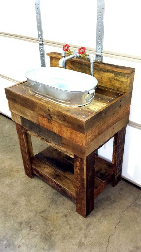 galvanized bucket and pallet wood sink