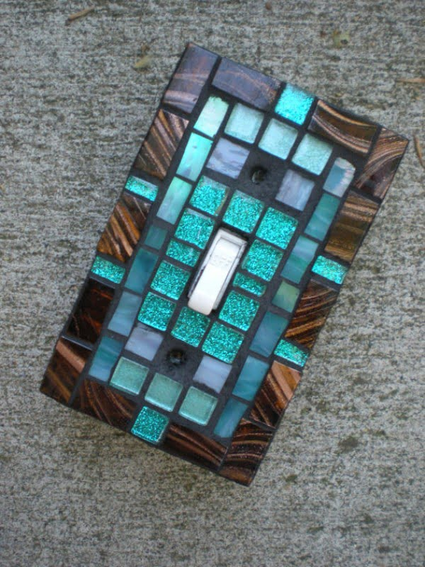 30 Stunning DIY Mosaic Craft Projects for Easy Home Decor - Mosaic light switch plate idea