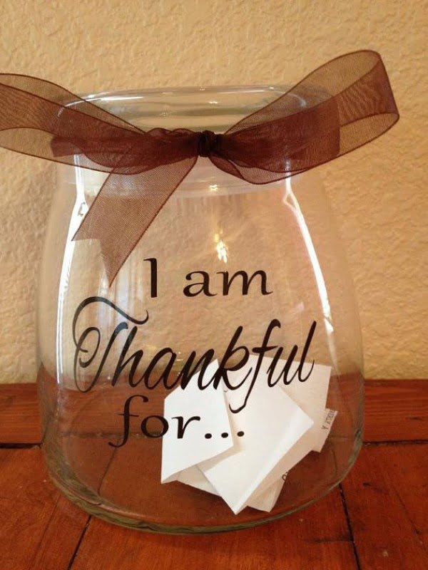 Love the idea for the Thanksgiving jar! DIY