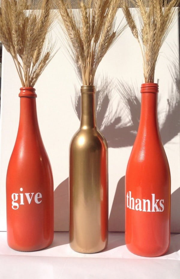 Love the idea for the DIY bottle vases for Thanksgiving decor