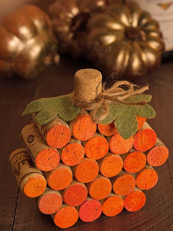 Check out the tutorial for a DIY Wine Cork pumpkin for Thanksgiving decor