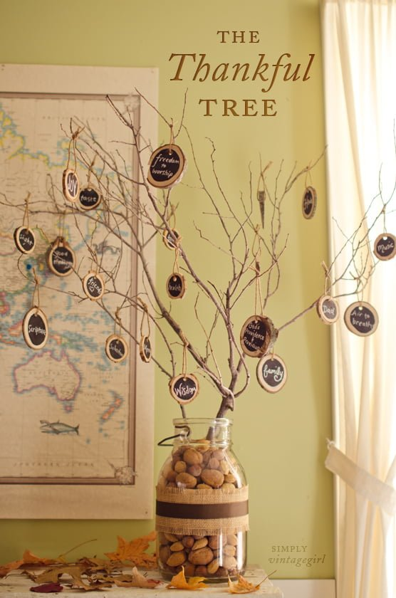 Easy tutorial for a DIY Thankful Tree for Thanksgiving decor