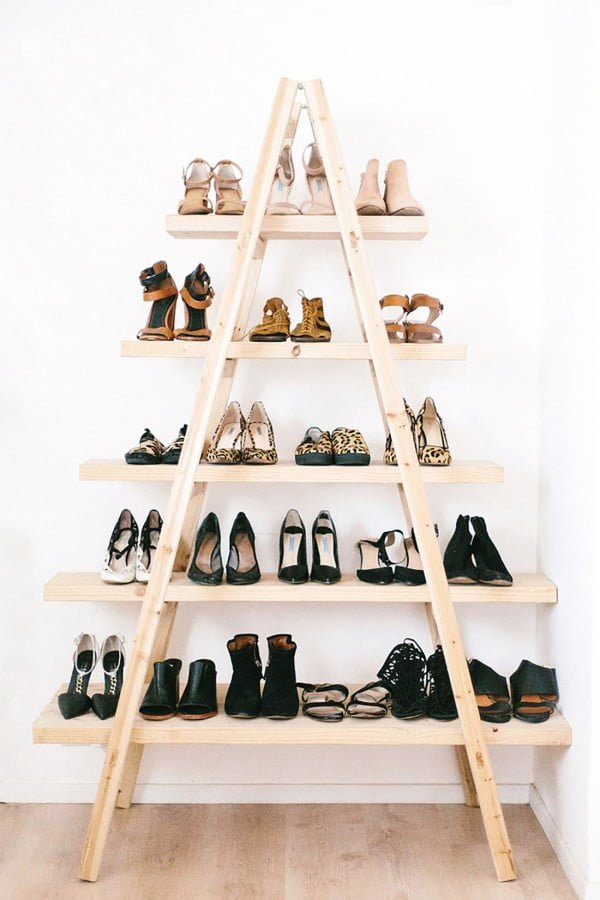 60+ Easy DIY Shoe Rack Ideas You Can Build on a Budget - Check out how to build this awesome DIY shoe storage ladder