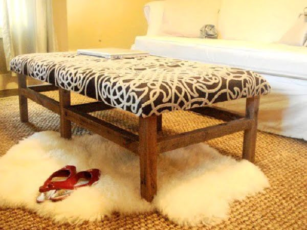 #DIY Tufted Fabric Ottoman, it's easy enough to make and looks good. Check it out! #homedecorideas