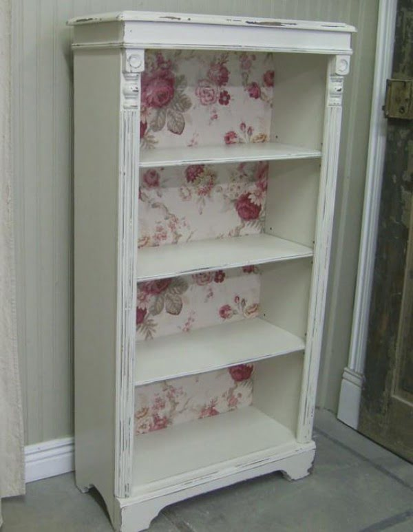 Love the vintage bookshelf makeover for shabby chic bedroom decor