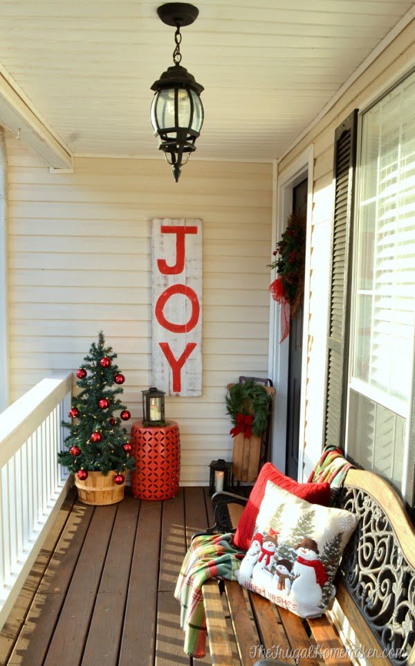 Nice wooden sign for Christmas porch decor