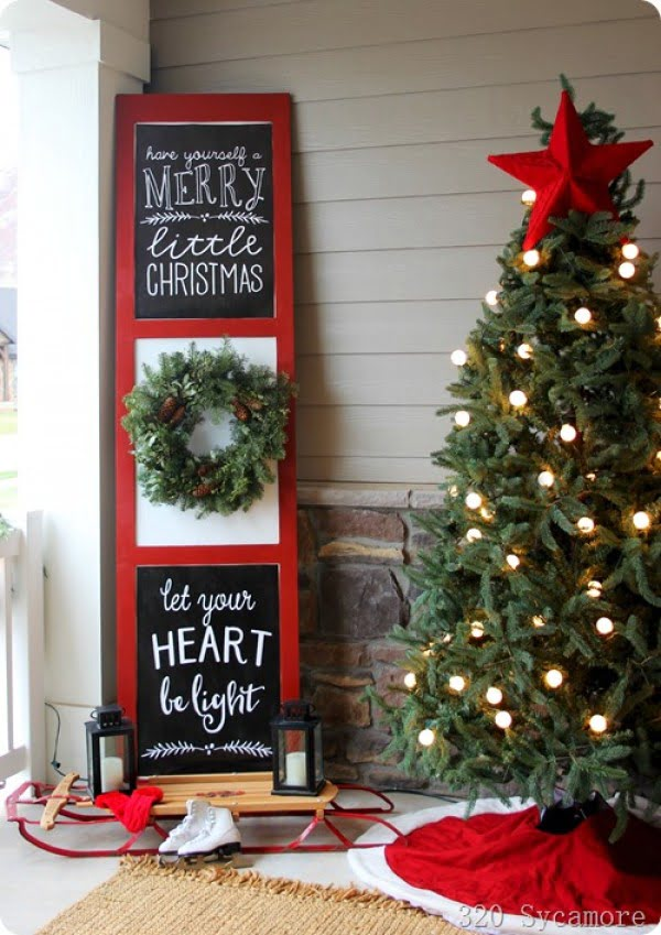 Love the idea for Christmas porch decor with chalkboard