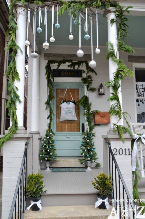 Stunning Christmas front porch decor