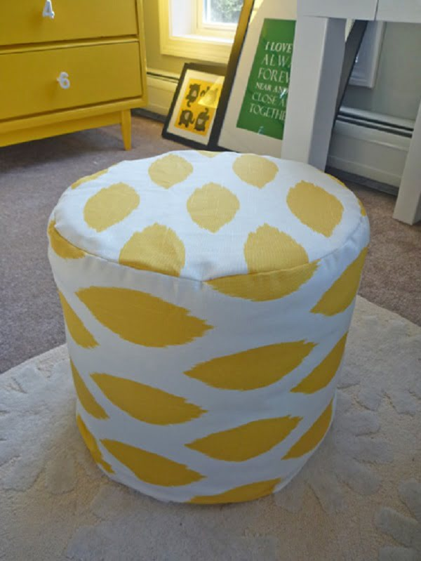 40 easy diy ottoman ideas you can make on a budget diy pouf ottoman thats easy to make and looks good check it out solutioingenieria Images