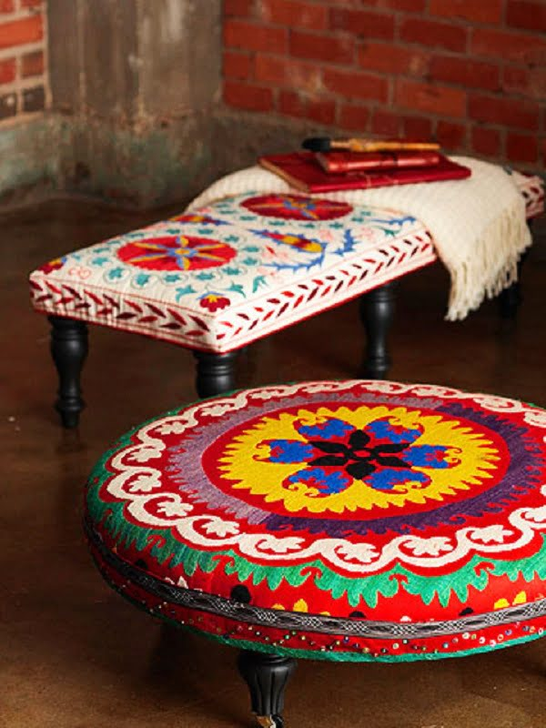 #DIY Trendy Ottoman that's easy to make and looks good! #homedecoridea