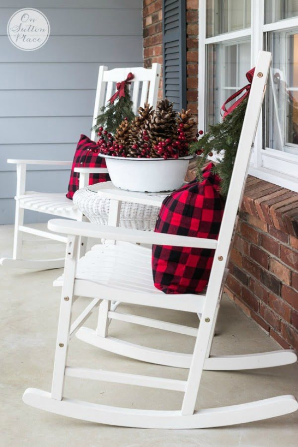 Lovely Christmas porch decor idea with rocking chairs