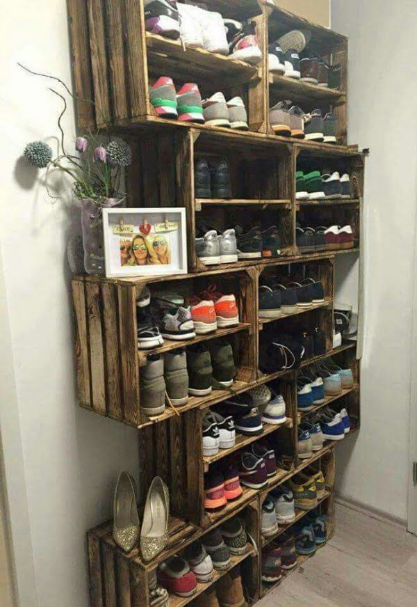60+ Easy DIY Shoe Rack Ideas You Can Build on a Budget - Love the idea for shoe storage rack using rustic crates