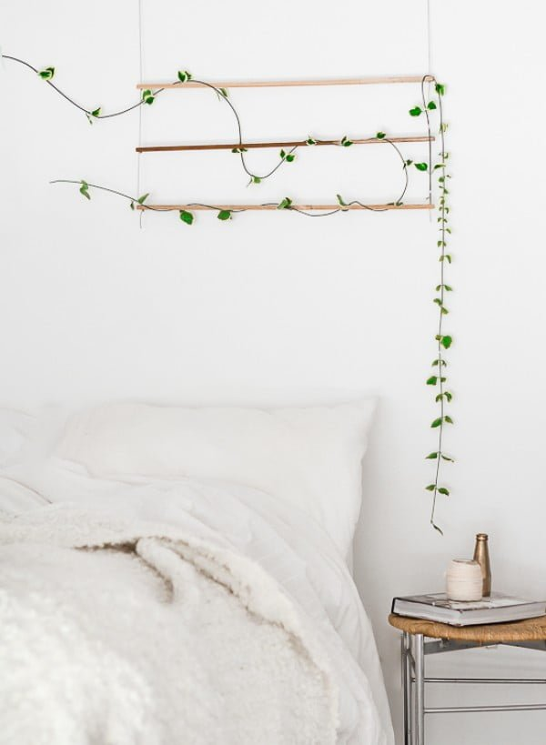 Love the idea for a DIY trellis to decorate the bedroom