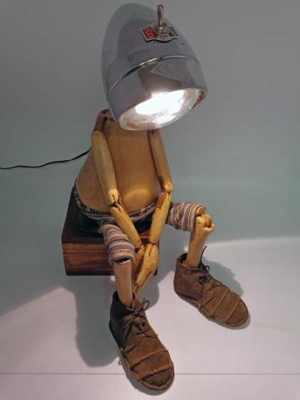 Check out this cool recycle puppet lamp