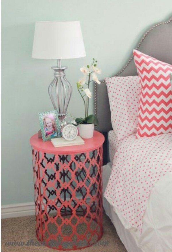 Love the idea of a DIY nighstand made of a painted trash can