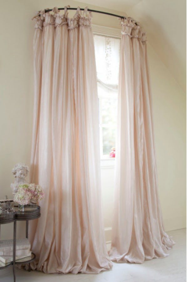 Love the idea of balloon drapery for shabby chic bedroom decor