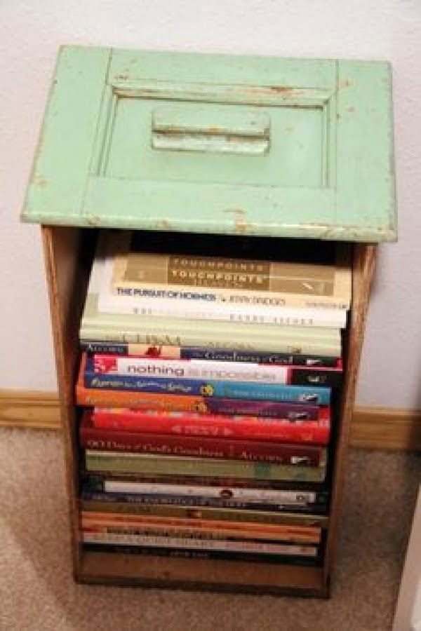 Genius DIY nightstand made of an old drawer