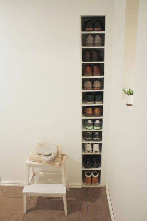 60+ Easy DIY Shoe Rack Ideas You Can Build on a Budget - Love this built-in shoe storage rack