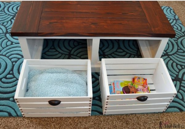 How to build this easy DIY storage coffee table with stools from crates