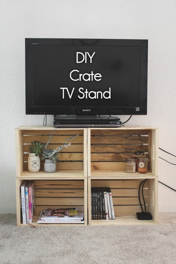 Check out how to build a very easy DIY TV stand form wooden crates @istandarddesign