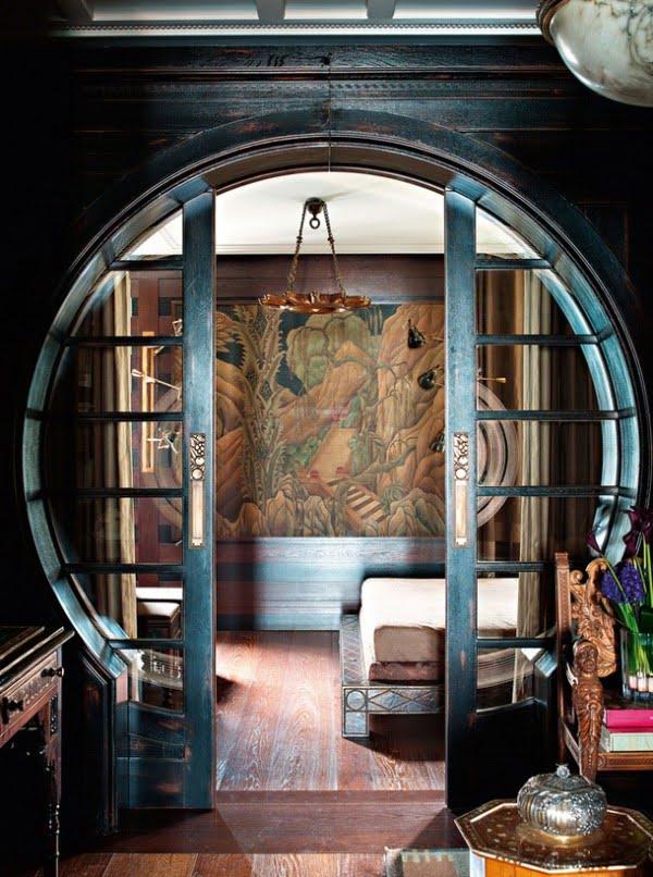 Pocket door in a studio by Eser Hakanu