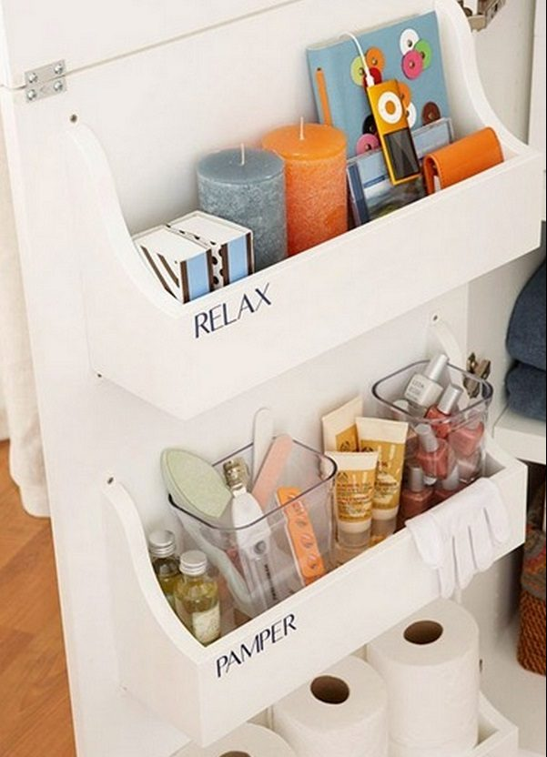 How to easily build this DIY cabinet door storage bin