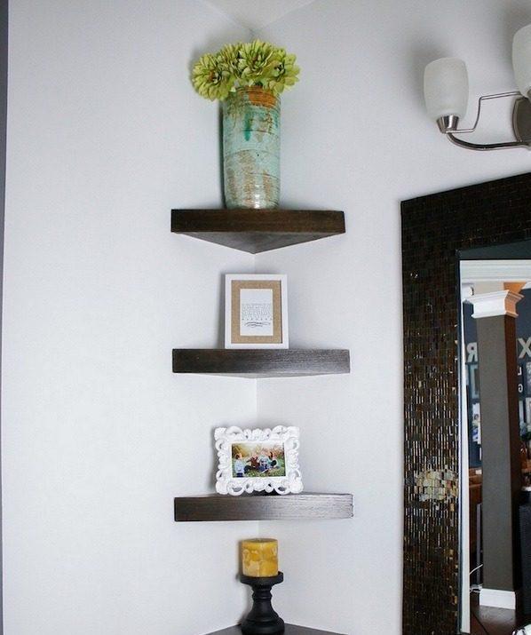 How to build a #DIY corner shelf for a small bathroom #HomeDecorIdeas #BathroomDesign