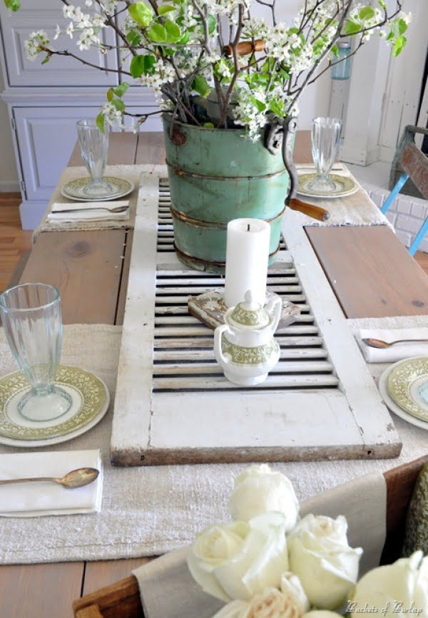 Check out how to make a DIY table runner centerpiece from an old shutter