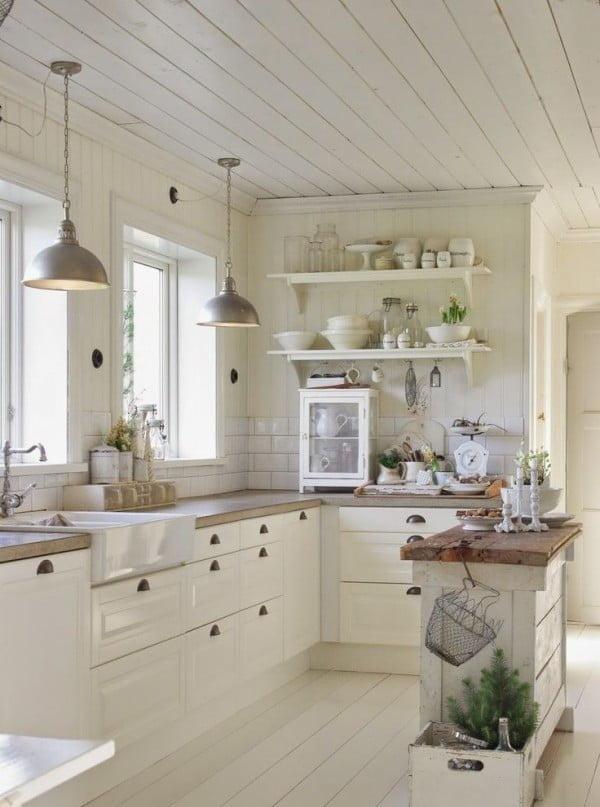 Brilliant #farmhouse style #kitchen decor here. Love it! #homedecor