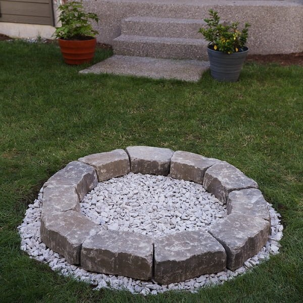 How to make a  fire pit in your . Nice project idea!