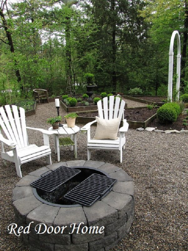 How to make a  fire pit using a metal ring. Great project idea!