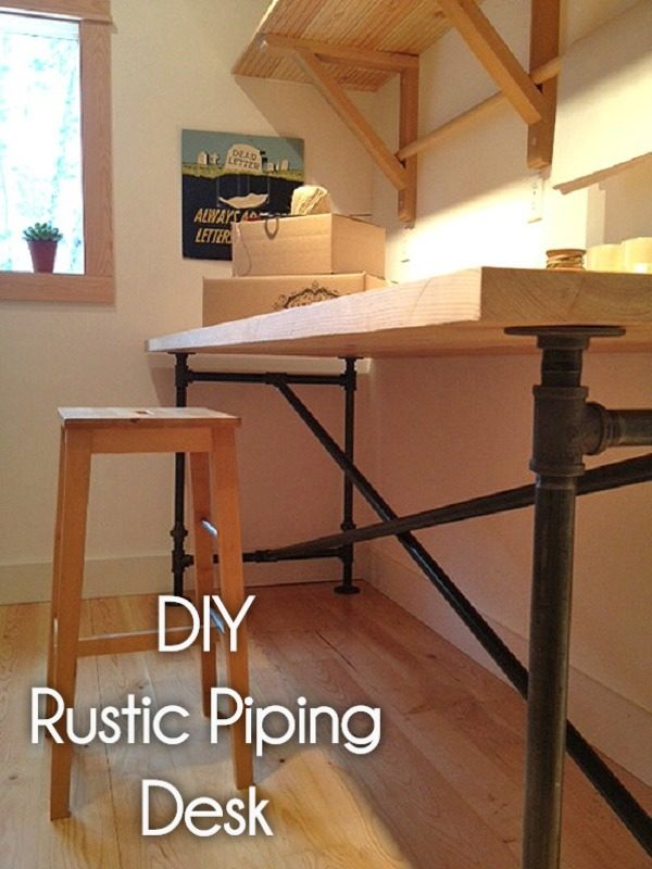 Check out this idea for a #DIY #rustic piping desk. Looks easy enough! #HomeDecorIdeas