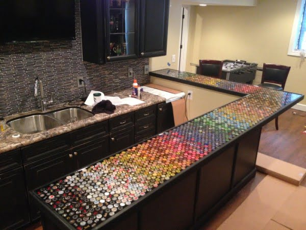 How to build a #DIY bottle cap bar top #homedecor
