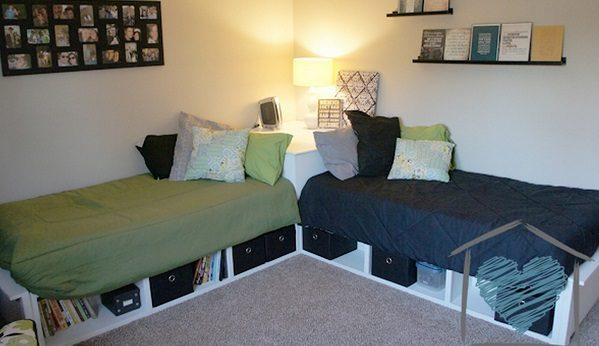 Check out the tutorial how to build a DIY corner storage bed @istandarddesign