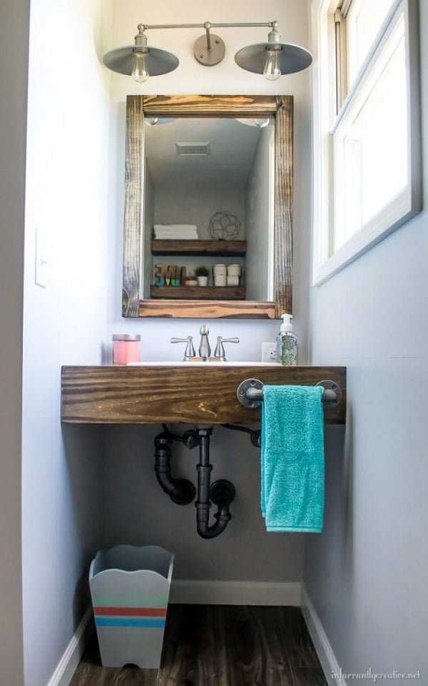 How to make a #DIY floating wood bathroom vanity #homedecor