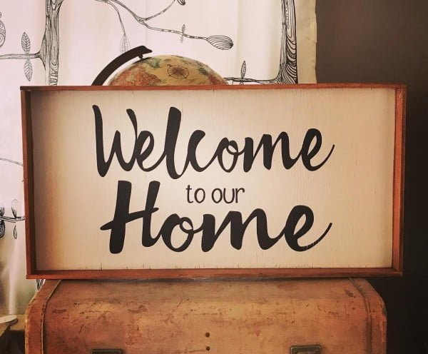 Love this #cricut welcome home sign #project #crafts